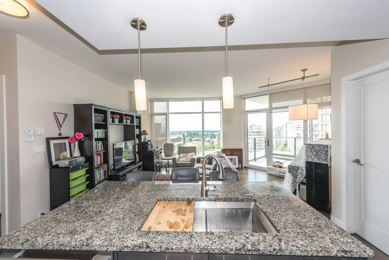 "Photo 15: 1404 6168 WILSON Avenue in Burnaby: Metrotown Condo for sale in ""JEWEL II"" (Burnaby South)  : MLS(r) # R2075707"
