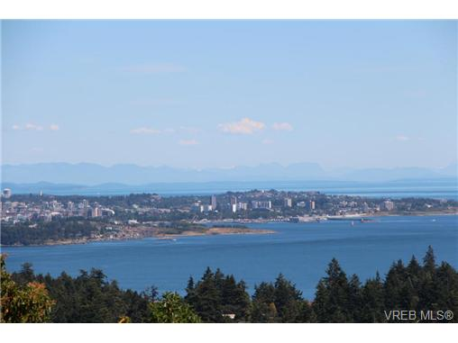 Photo 4: 3407 Karger Terrace in VICTORIA: Co Triangle Single Family Detached for sale (Colwood)  : MLS(r) # 366787