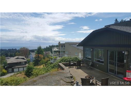 Photo 9: 3407 Karger Terrace in VICTORIA: Co Triangle Single Family Detached for sale (Colwood)  : MLS(r) # 366787