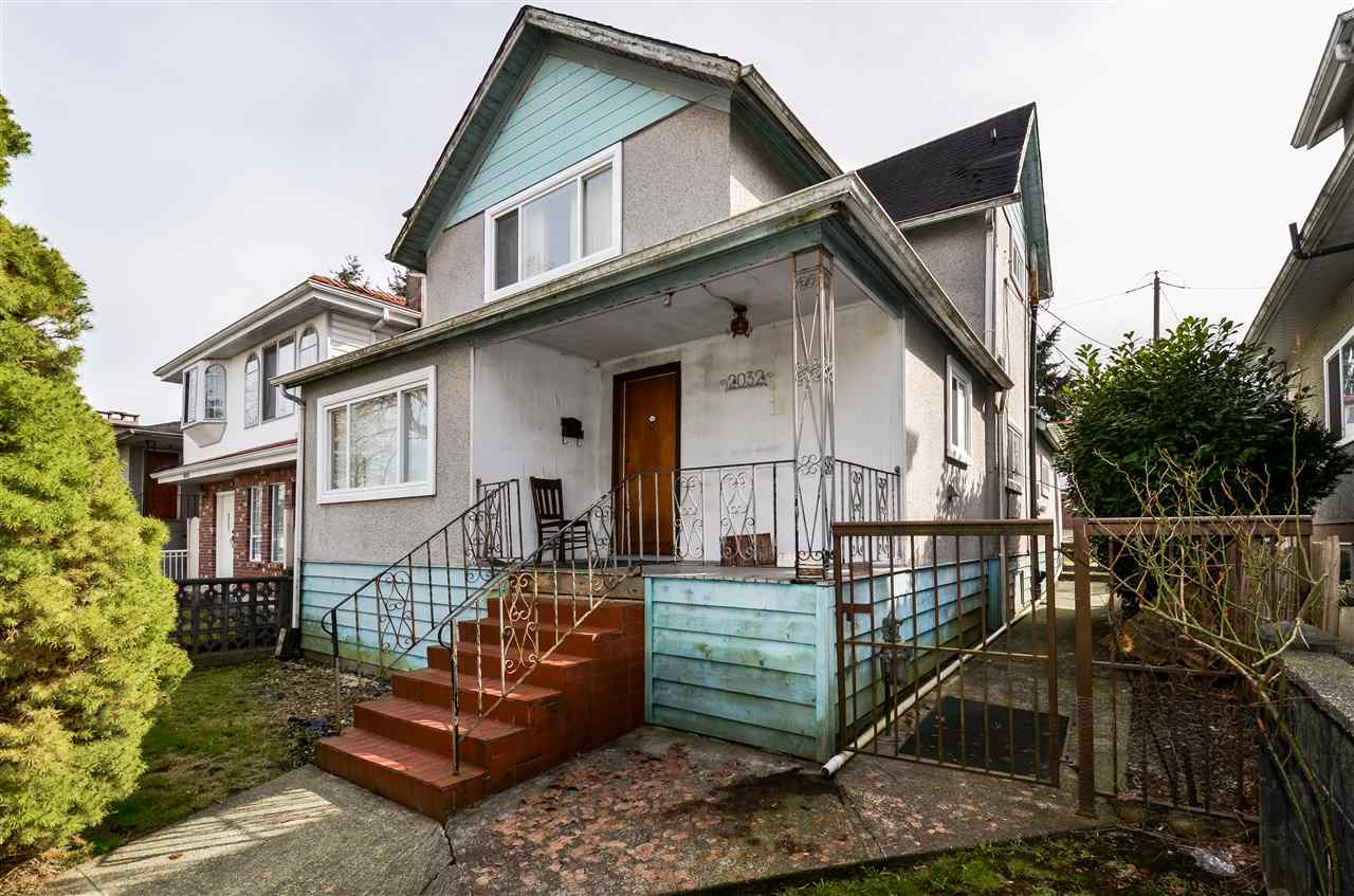 Main Photo: 2032 E 22ND Avenue in Vancouver: Victoria VE House for sale (Vancouver East)  : MLS(r) # R2147861