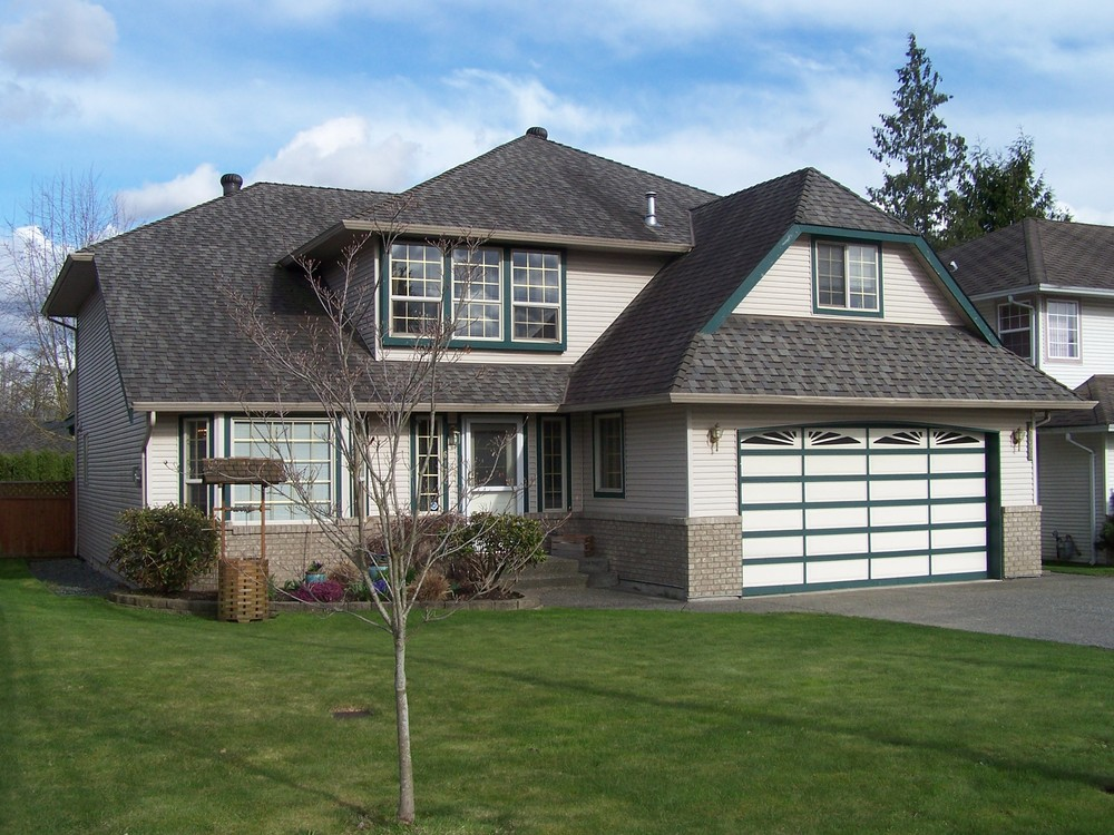 Main Photo: 6172 188th Street in Cloverdale: Home for sale