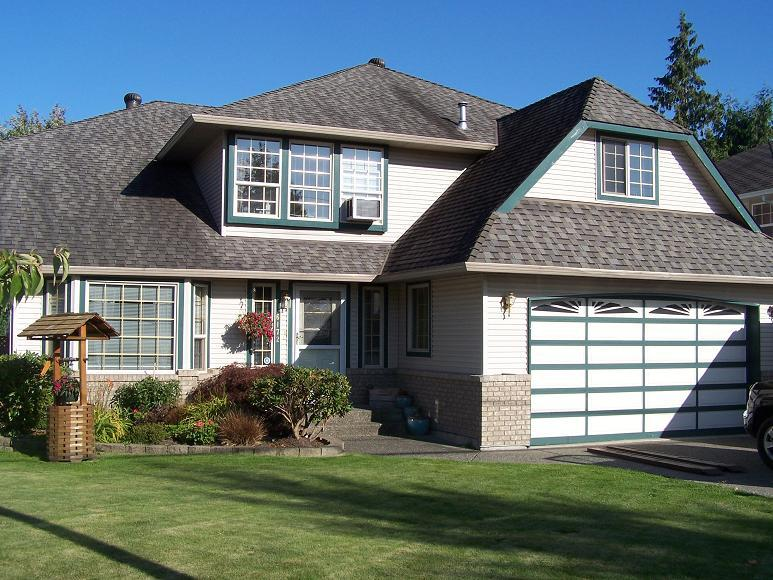 Photo 2: 6172 188th Street in Cloverdale: Home for sale