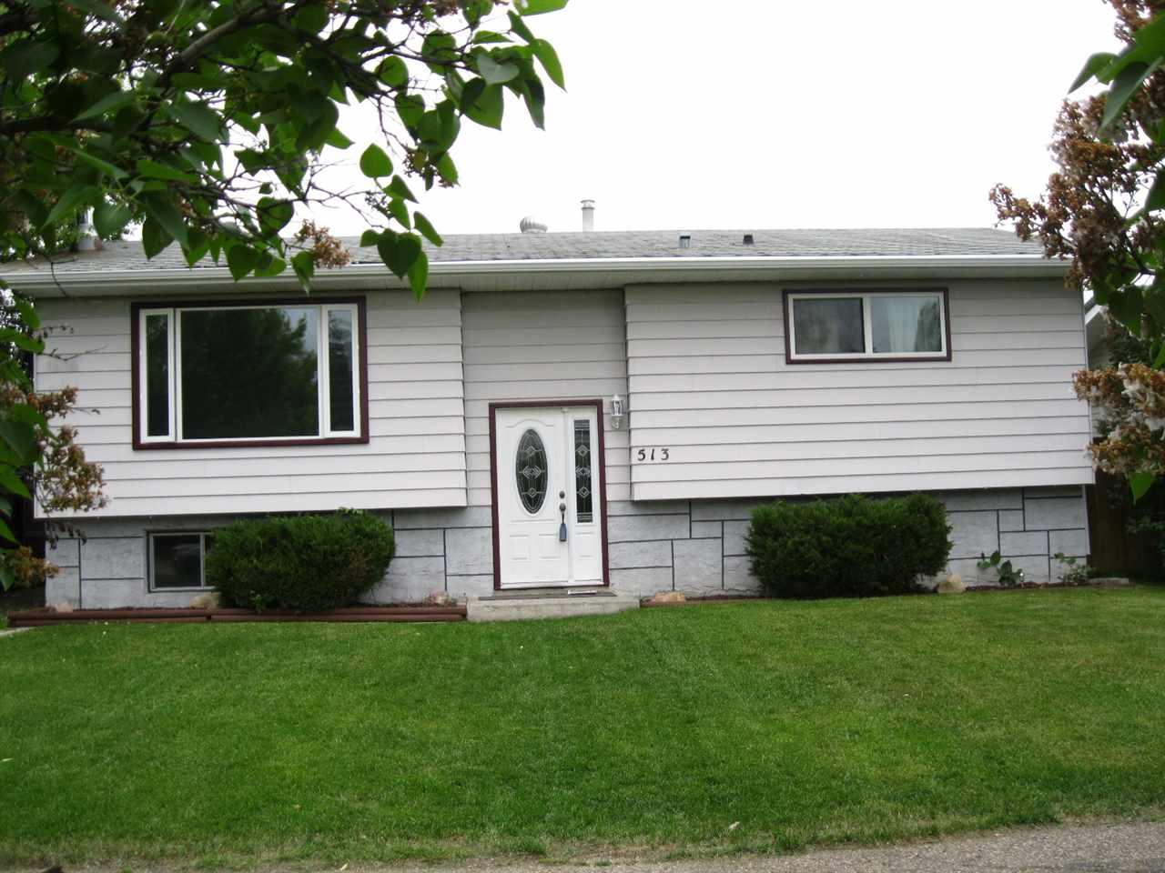 Main Photo: 513 KING Street S: Spruce Grove House for sale : MLS(r) # E4068377