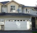 "Main Photo: 35 46906 RUSSELL Road in Sardis: Promontory Townhouse for sale in ""RUSSELL HEIGHTS"" : MLS(r) # R2180812"