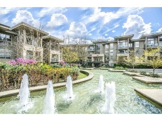 "Main Photo: 403 9339 UNIVERSITY Crescent in Burnaby: Simon Fraser Univer. Condo for sale in ""HARMONY"" (Burnaby North)  : MLS® # R2194425"