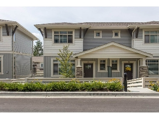 "Main Photo: 29 34230 ELMWOOD Drive in Abbotsford: Abbotsford East Townhouse for sale in ""Ten Oaks"" : MLS® # R2196931"