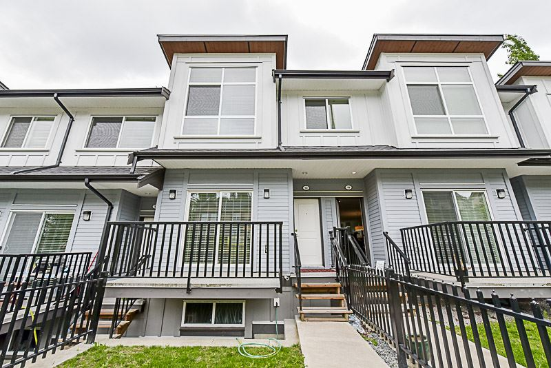 Main Photo: 13 6162 138 Street in Surrey: Sullivan Station Townhouse for sale : MLS®# R2199251