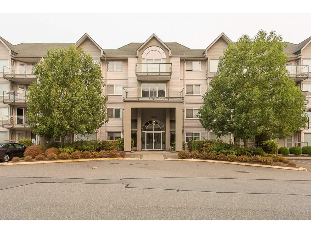 "Main Photo: 109 33688 KING Road in Abbotsford: Poplar Condo for sale in ""COLLEGE PARK PLACE"" : MLS® # R2203219"