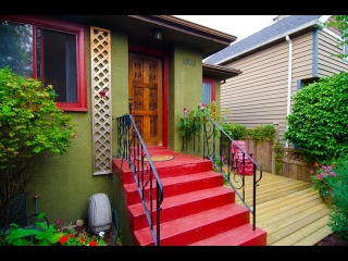 "Main Photo: 1003 E 14TH Avenue in Vancouver: Mount Pleasant VE House for sale in ""Mount Pleasant"" (Vancouver East)  : MLS® # R2204670"