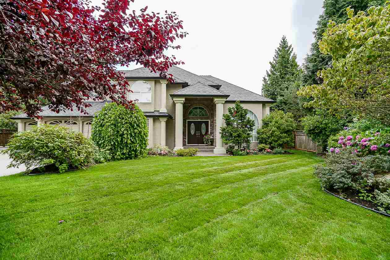 "Main Photo: 1922 136 Street in Surrey: Crescent Bch Ocean Pk. House for sale in ""Bell Park Estates"" (South Surrey White Rock)  : MLS® # R2212836"