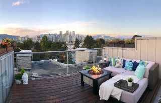 "Main Photo: 9 1250 W 6TH Avenue in Vancouver: Fairview VW Townhouse for sale in ""SILVER"" (Vancouver West)  : MLS® # R2213321"