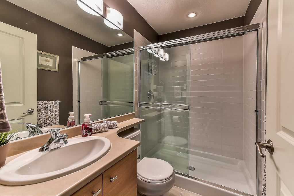 "Photo 12: Photos: 22 18983 72A Avenue in Surrey: Clayton Townhouse for sale in ""THE KEW"" (Cloverdale)  : MLS® # R2219905"