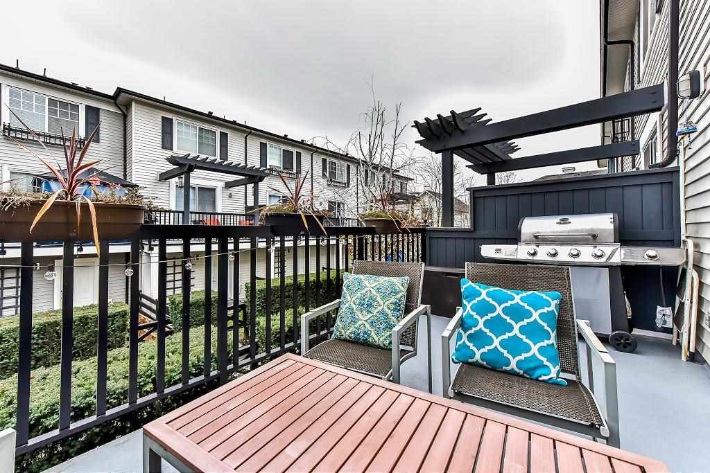 "Photo 15: Photos: 22 18983 72A Avenue in Surrey: Clayton Townhouse for sale in ""THE KEW"" (Cloverdale)  : MLS® # R2219905"
