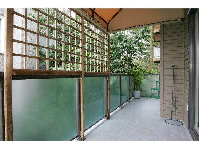 "Photo 9: 316 1345 W 15TH Avenue in Vancouver: Fairview VW Condo for sale in ""SUNRISE WEST"" (Vancouver West)  : MLS(r) # V884046"