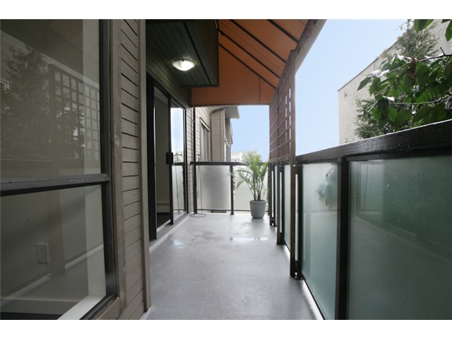 "Photo 10: 316 1345 W 15TH Avenue in Vancouver: Fairview VW Condo for sale in ""SUNRISE WEST"" (Vancouver West)  : MLS® # V884046"