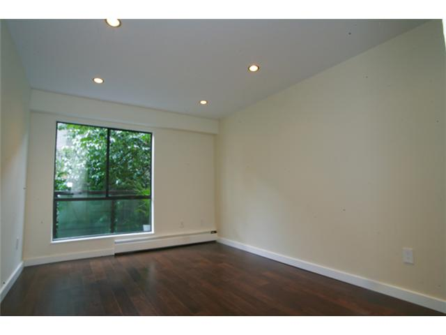 "Photo 6: 316 1345 W 15TH Avenue in Vancouver: Fairview VW Condo for sale in ""SUNRISE WEST"" (Vancouver West)  : MLS(r) # V884046"