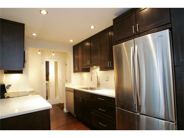 "Photo 2: 316 1345 W 15TH Avenue in Vancouver: Fairview VW Condo for sale in ""SUNRISE WEST"" (Vancouver West)  : MLS® # V884046"
