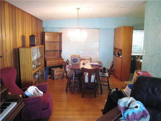 Photo 4: 823 CUMBERLAND ST in New Westminster: The Heights NW House for sale : MLS® # V953771