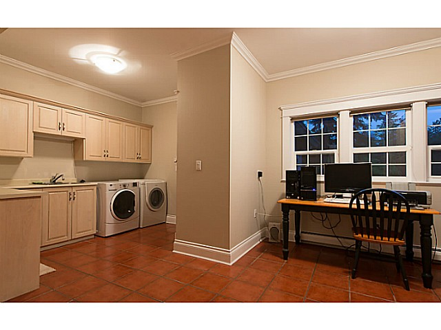Photo 12: 1060 THOMSON RD: Anmore House for sale (Port Moody)  : MLS(r) # V1010190