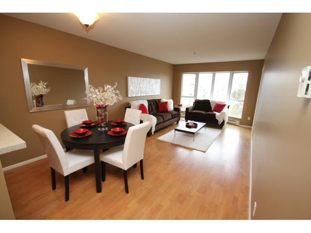 "Main Photo: 306 8600 JONES Road in Richmond: Brighouse South Condo for sale in ""SUNNYVALE"" : MLS® # V1047732"
