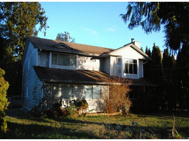 Main Photo: 9590 156TH Street in Surrey: Fleetwood Tynehead House for sale : MLS® # F1406196
