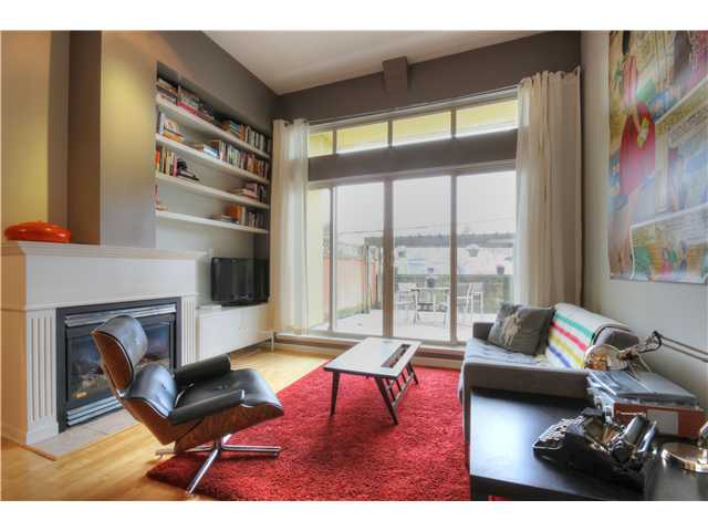 "Main Photo: 27 3477 COMMERCIAL Street in Vancouver: Victoria VE Townhouse for sale in ""LA VILLA"" (Vancouver East)  : MLS® # V1055324"