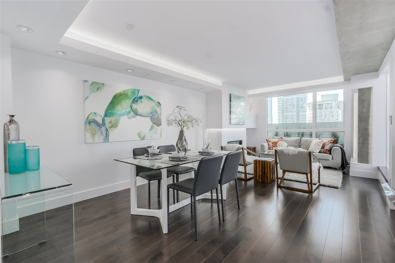 Main Photo: 2501 1238 MELVILLE Street in Vancouver: Coal Harbour Condo for sale (Vancouver West)  : MLS® # R2014537