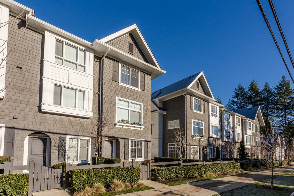 "Main Photo: 7 14955 60 Avenue in Surrey: Sullivan Station Townhouse for sale in ""Cambridge Park"" : MLS® # R2022894"