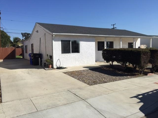 Main Photo: CLAIREMONT House for rent : 4 bedrooms : 3315 Cheyenne in San Diego