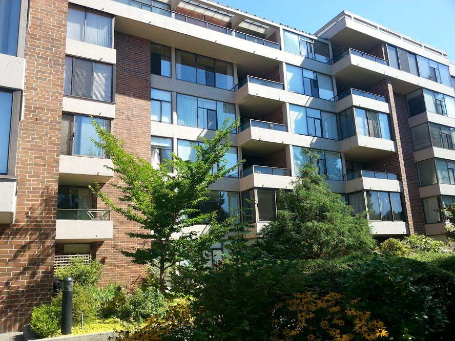 Main Photo: 206 4101 YEW Street in Vancouver: Quilchena Condo for sale (Vancouver West)  : MLS® # R2029769