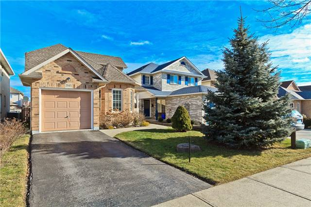 Main Photo: 2945 Addison Street in Burlington: Rose House (Bungaloft) for sale : MLS® # W3424189
