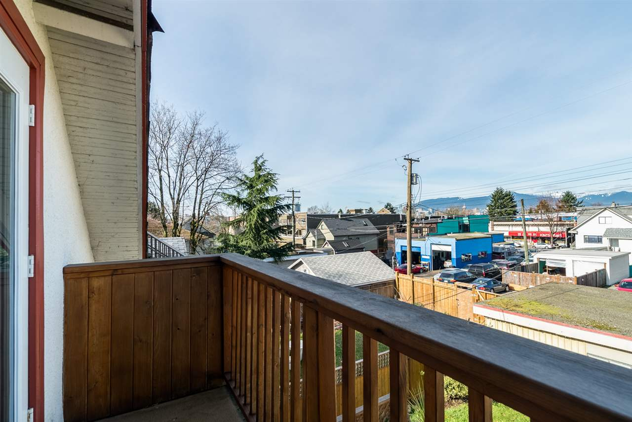 Photo 17: 543 E 10TH Avenue in Vancouver: Mount Pleasant VE House for sale (Vancouver East)  : MLS® # R2039986