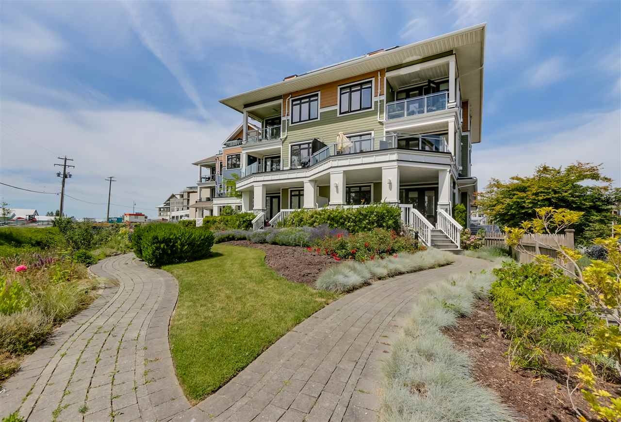 "Main Photo: 105 13251 PRINCESS Street in Richmond: Steveston South Condo for sale in ""NAKADE"" : MLS®# R2078377"