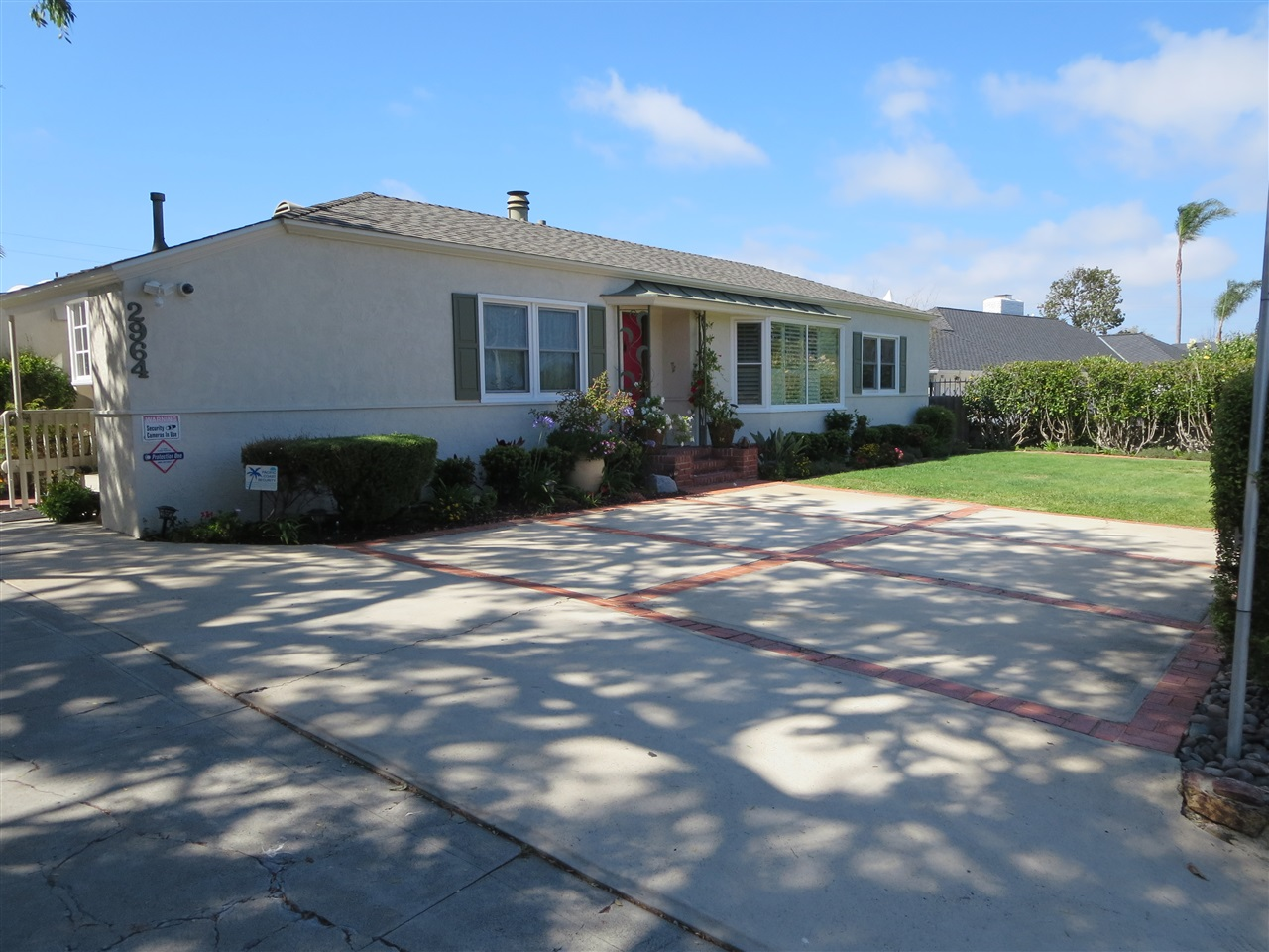 Main Photo: POINT LOMA House for sale : 3 bedrooms : 2964 Chatsworth Blvd in San Diego