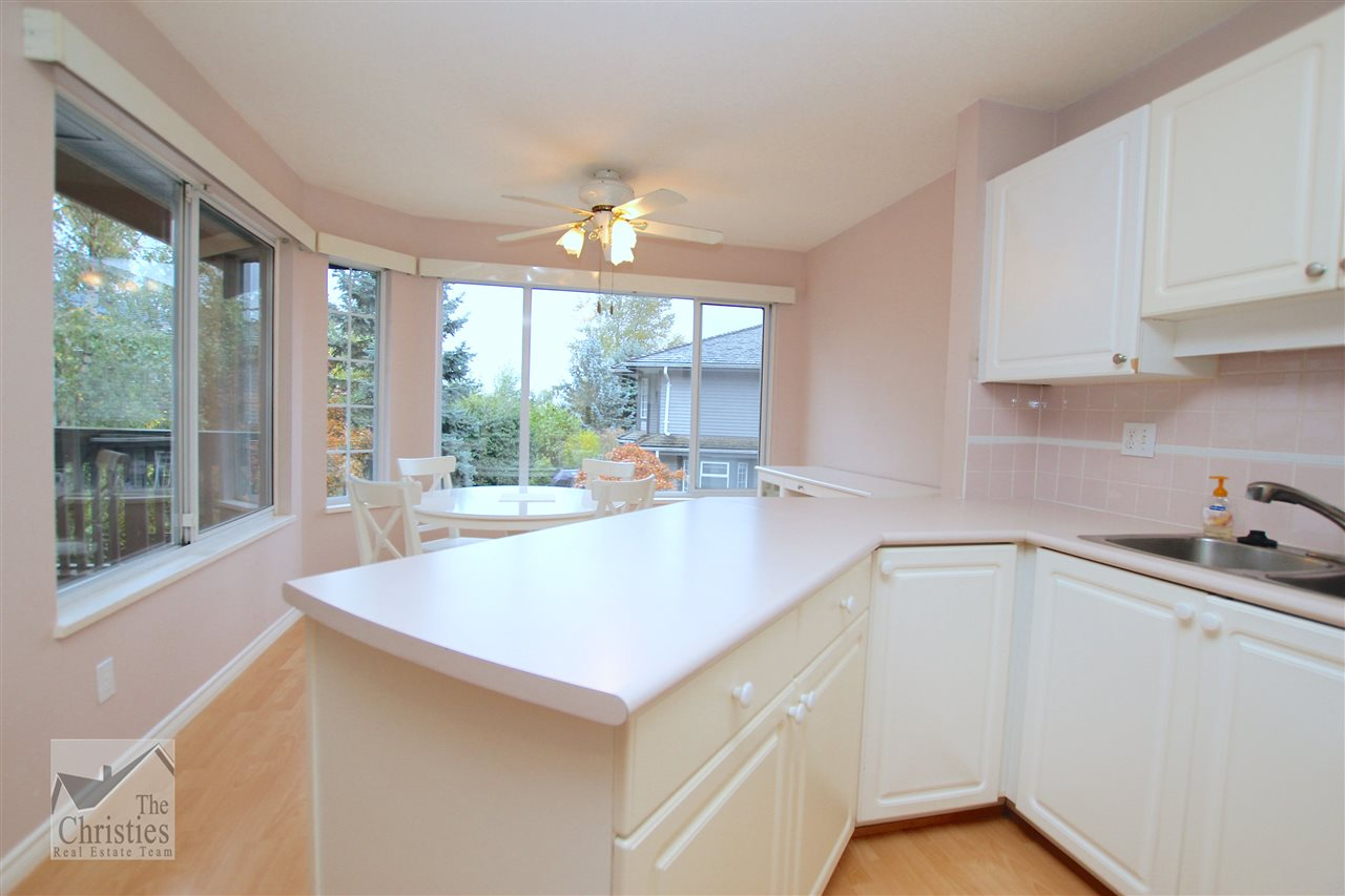"Photo 4: 116 1685 PINETREE Way in Coquitlam: Westwood Plateau Townhouse for sale in ""THE WILTSHIRE"" : MLS(r) # R2117168"