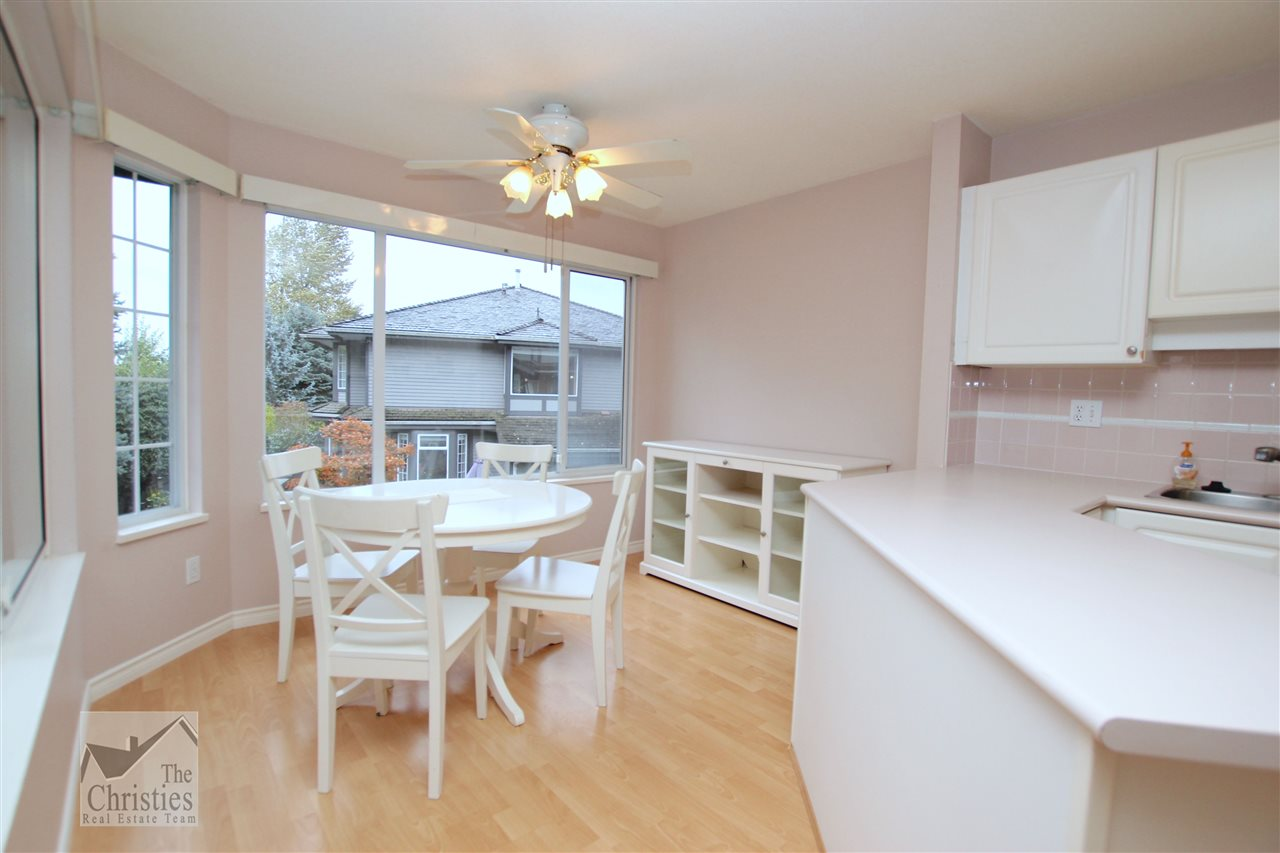 "Photo 3: 116 1685 PINETREE Way in Coquitlam: Westwood Plateau Townhouse for sale in ""THE WILTSHIRE"" : MLS(r) # R2117168"