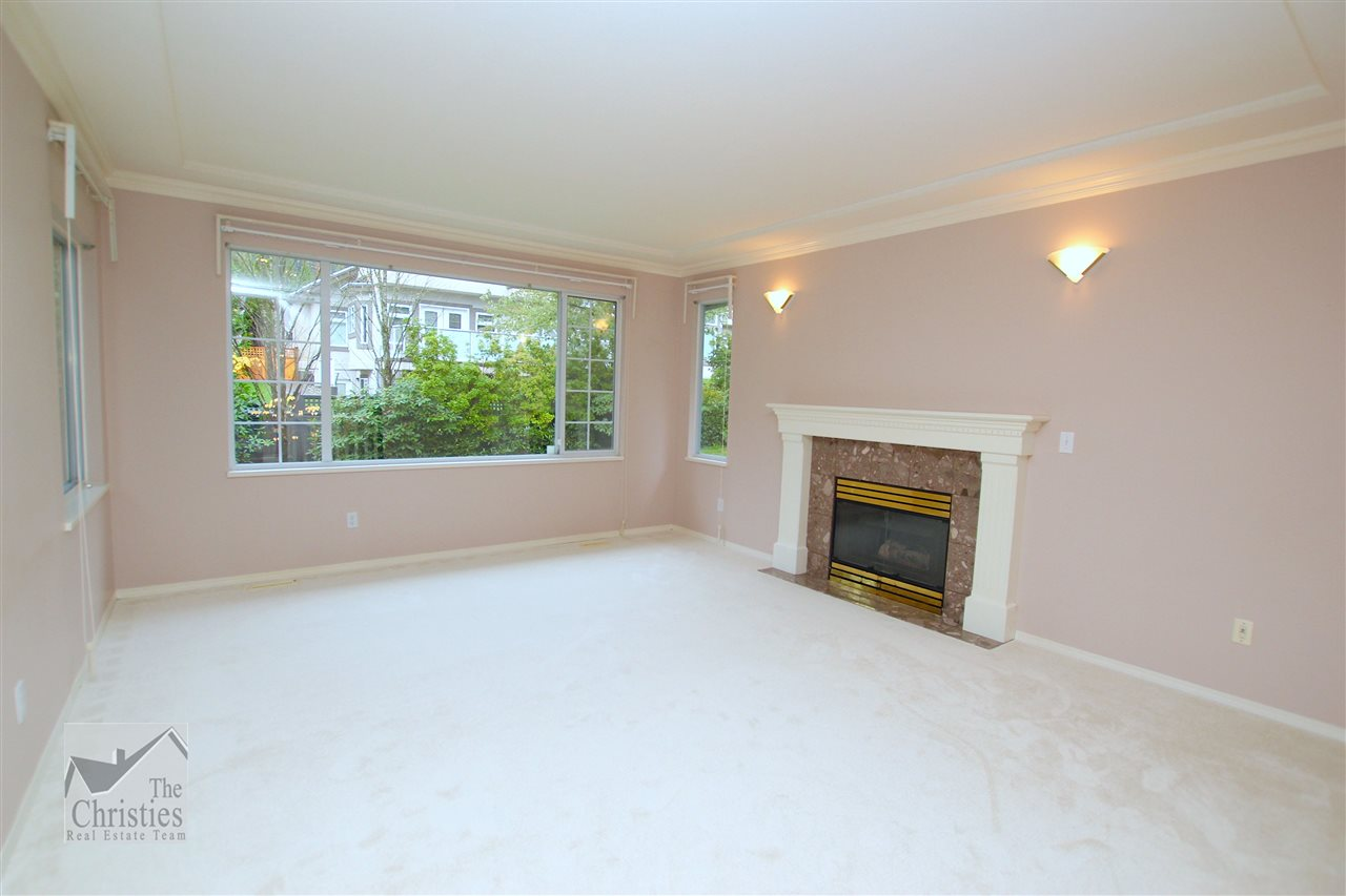 "Photo 7: 116 1685 PINETREE Way in Coquitlam: Westwood Plateau Townhouse for sale in ""THE WILTSHIRE"" : MLS(r) # R2117168"