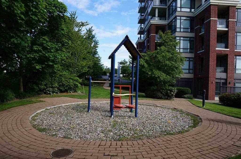 "Photo 11: 2602 4132 HALIFAX Street in Burnaby: Brentwood Park Condo for sale in ""MARQUIS GRANDE"" (Burnaby North)  : MLS(r) # R2145244"