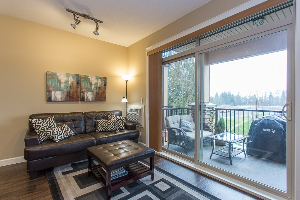 "Photo 10: 316 8328 207A Street in Langley: Willoughby Heights Condo for sale in ""Yorkson Creek Park"" : MLS(r) # R2150359"