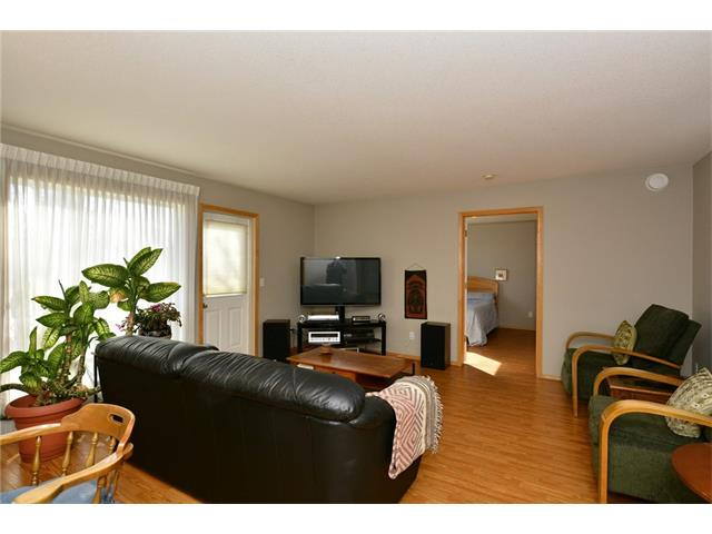 Photo 14: 6639 Pinecliff Grove NE in Calgary: Pineridge House for sale : MLS(r) # C4107612