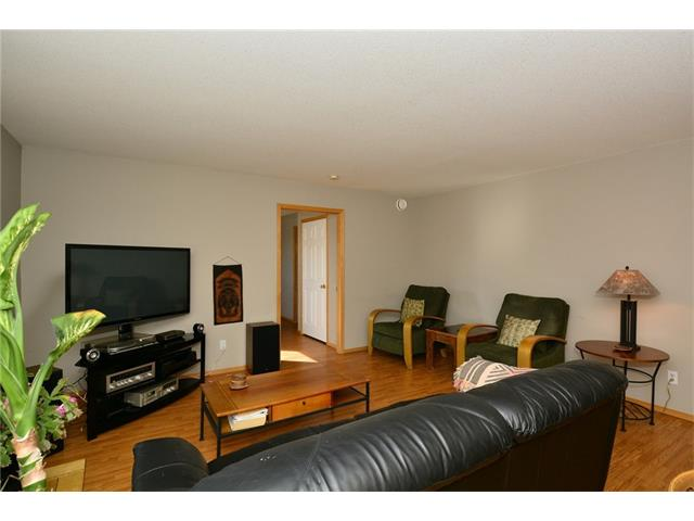 Photo 15: 6639 Pinecliff Grove NE in Calgary: Pineridge House for sale : MLS(r) # C4107612