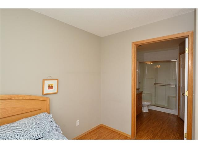 Photo 23: 6639 Pinecliff Grove NE in Calgary: Pineridge House for sale : MLS(r) # C4107612
