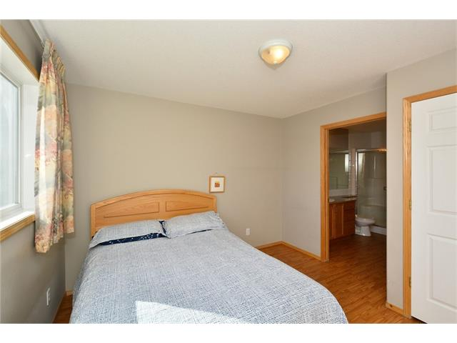 Photo 21: 6639 Pinecliff Grove NE in Calgary: Pineridge House for sale : MLS(r) # C4107612