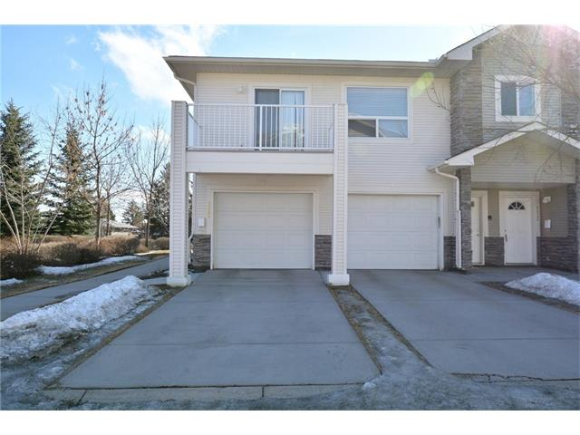 Main Photo: 6639 Pinecliff Grove NE in Calgary: Pineridge House for sale : MLS(r) # C4107612