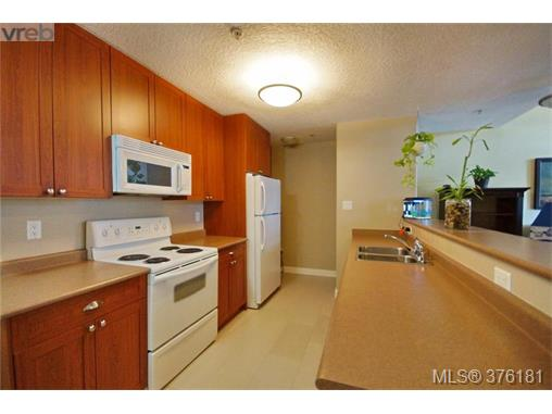 Photo 3: 417 2829 Peatt Road in VICTORIA: La Langford Proper Condo Apartment for sale (Langford)  : MLS(r) # 376181