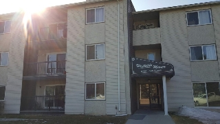 Main Photo: 213 9816 156 Street in Edmonton: Zone 22 Condo for sale : MLS(r) # E4058639