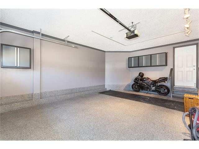 Garage with Epoxy Flooring!