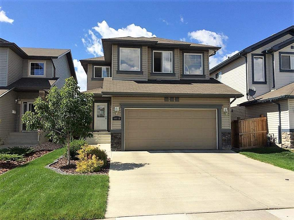 Main Photo: 16118 137A Street in Edmonton: Zone 27 House for sale : MLS® # E4060932