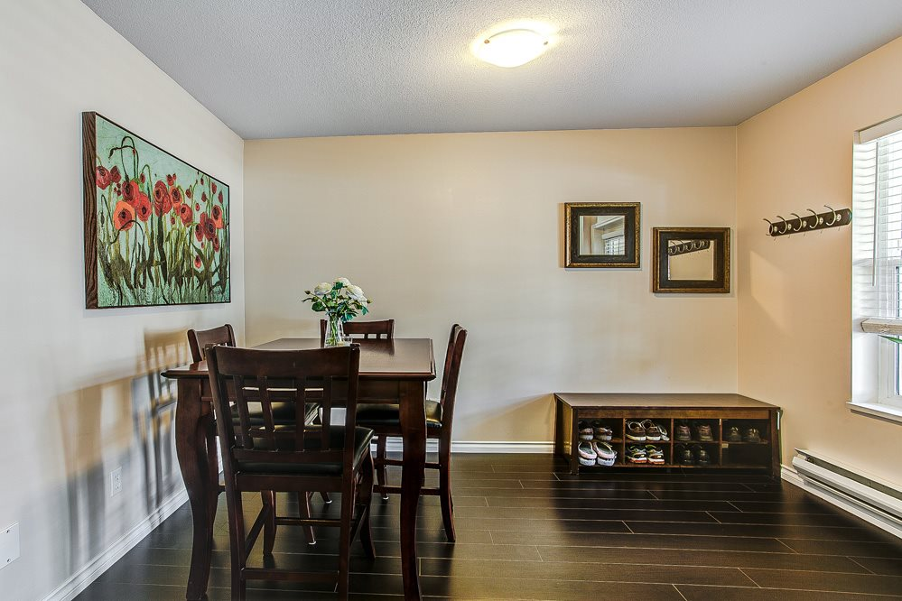 "Photo 8: 23 23560 119 Avenue in Maple Ridge: Cottonwood MR Townhouse for sale in ""HOLLYHOCK"" : MLS(r) # R2162946"