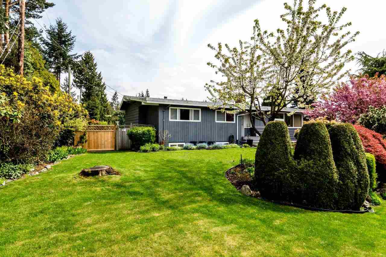 Main Photo: 3532 DELBROOK Avenue in North Vancouver: Delbrook House for sale : MLS(r) # R2163103